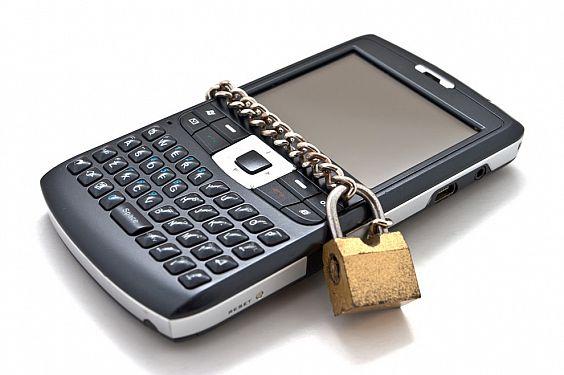 Аpple, Google и Microsoft обявиха война на крадците на телефони