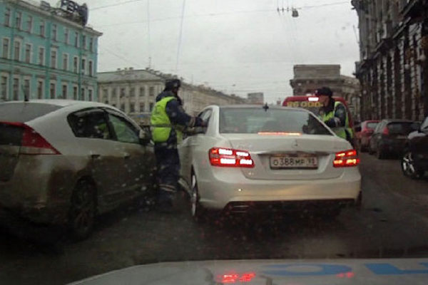 Дуров е участвал в катастрофа