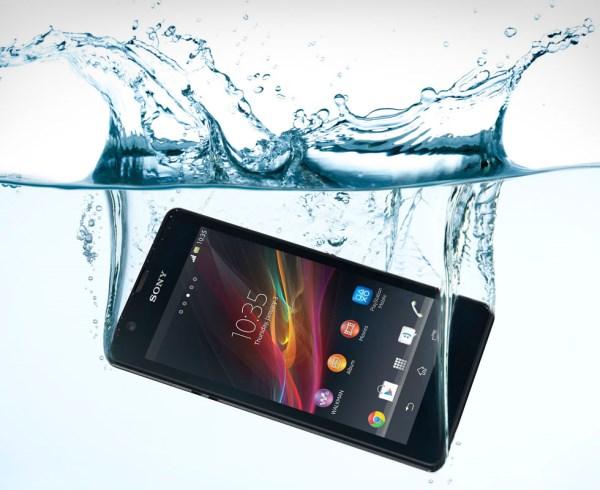 Сони ще прави евтини водоустойчиви телефони