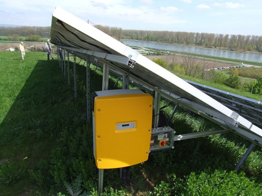 Инвертор за соларен панел