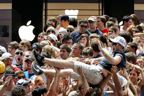 Apple разпродаде 4 милиона  смартфона за 24 часа