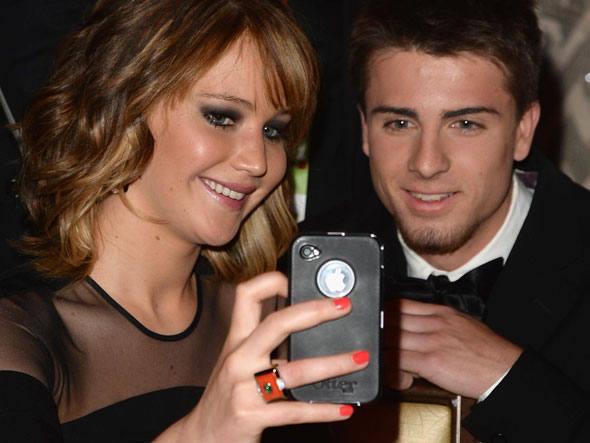 Хакери показаха пикантни снимки на холивудски звезди