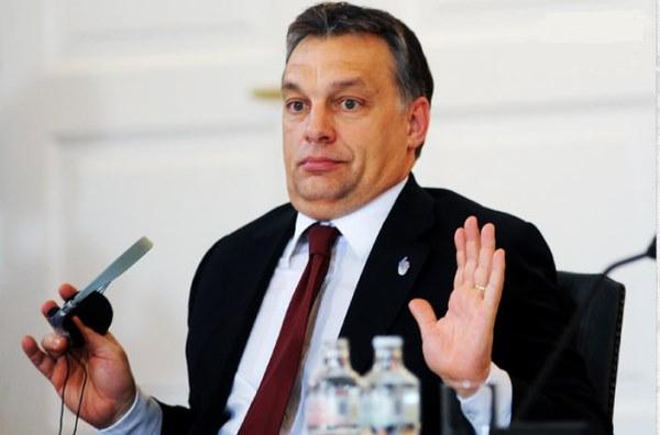 Орбан се огъна пред протестите