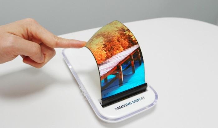 Самсунг се подготвят за пост смартфон ерата