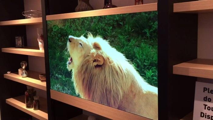 Телевизор с прозрачен екран от Panasonic